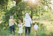 Wakacje całą rodziną czy osobno?